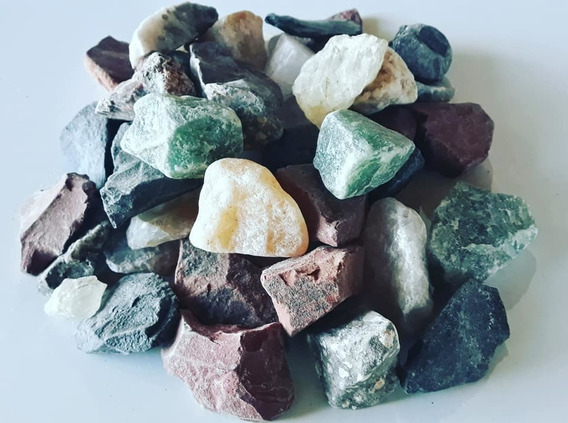Pedras Brutas Mistas Naturais (3 A 5cm) - 1 Kg
