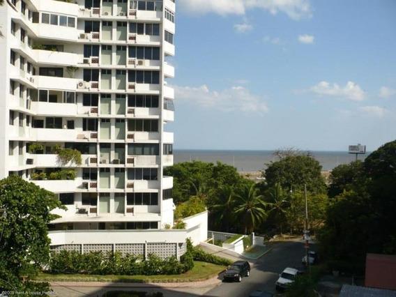 Venta De Apartamento En Coco Del Mar 19-3604hel**