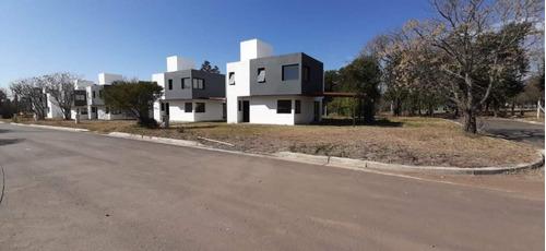 Housing En Venta, Tres Dormitorios, Villa Warcalde, Zona Norte, Córdoba