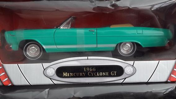 Miniaturas De Veículo 1966 Mercury Cyclone