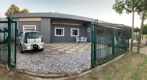Casa Media Cuadra De La Playa Parque Del Plata