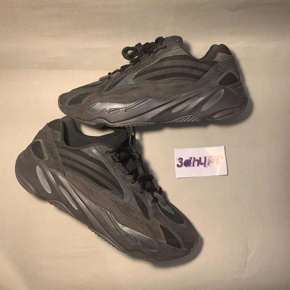 Tênis adidas Yeezy Boost 700v2 Vanta