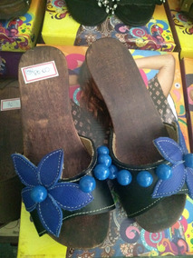 11438f213c Tamanco De Madeira Da Carla Perez - Sapatos Azul no Mercado Livre Brasil