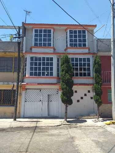 Casa Cerca Del Metro Muzquiz A 15 Min De Industrial Xalostoc . Precio A Tratar