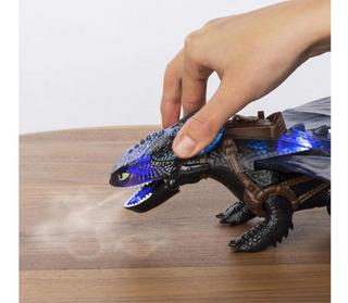 Chimuelo Cómo Entrenar A Tu Dragón Escupe Fuego