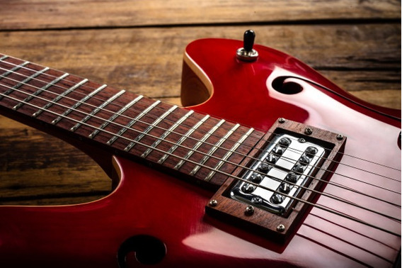 Guitarra Kontakt Renegade Electric Guitar