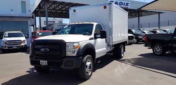 Ford F-550 2015, Blanco, Motor 6.8l / 10cilin, 2 Puertas