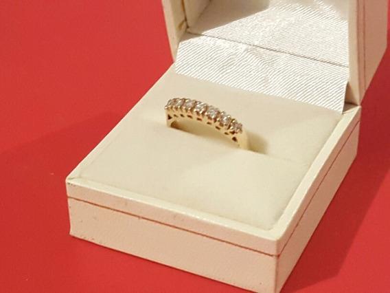 Anillo Oro Alto, 7 Diamantes Corte Redondo Medida 6.5