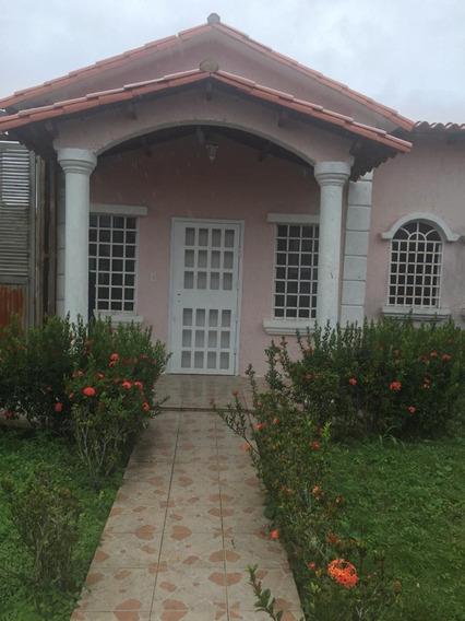 Se Alquila Casa En La Urb. Valle De Luna