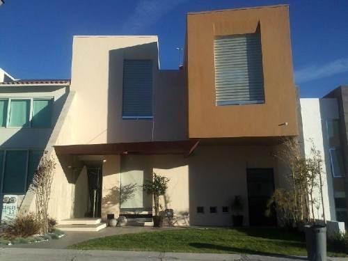 Casa En Condominio En Venta En Cumbres Del Cimatario, Huimilpan, Querétaro