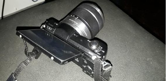 Câmera Sony A5000