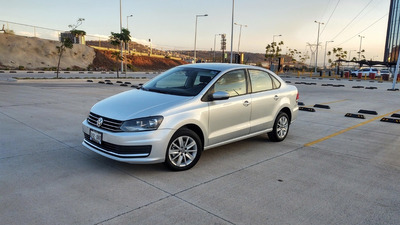 Volkswagen Vento 1.6 Confortline Mt 5vel Airbag Abs Bluethoo