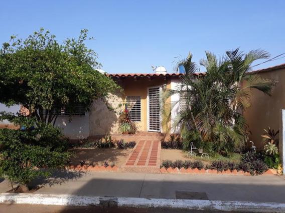 Andreaq#19-10613 Townhouse En Venta