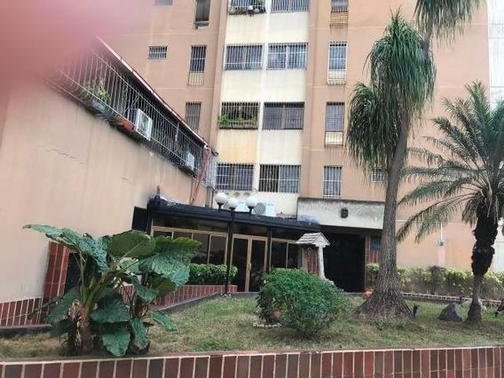 Apartamentos En Venta 17-2 Ab La Mls #19-18911- 04122564657