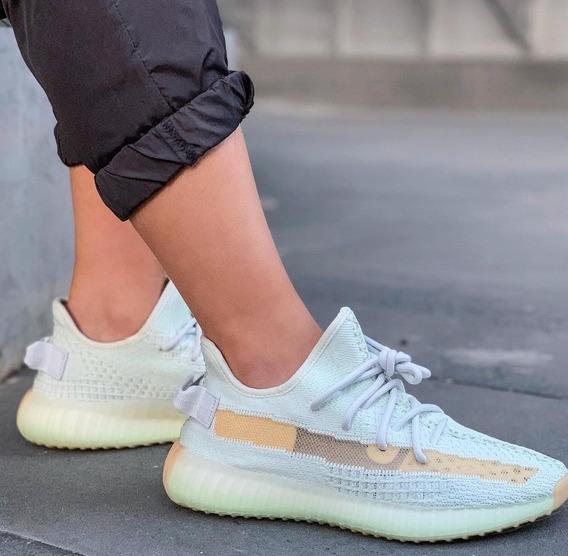 Zapatillas adidas Yeezy Boost 350 V2 Hyperspace 2019