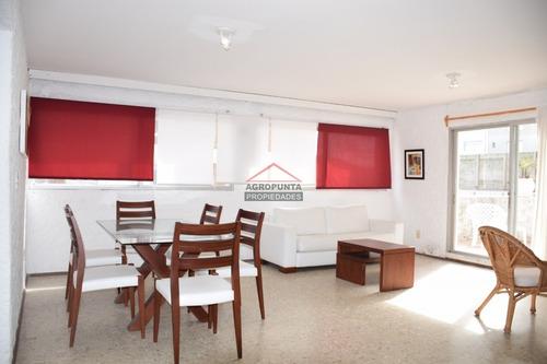 Apartamento En Peninsula, 2 Dormitorios *- Ref: 2875