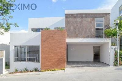 Residencia En Preventa En Privadas Mercedes, Tuxtla Gutiérrez