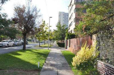 Avenida La Marina