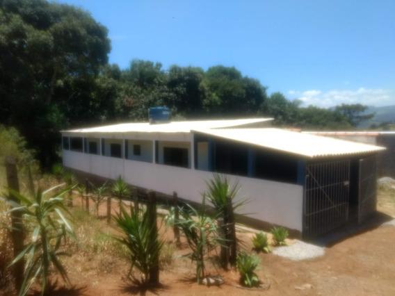 Casa Térrea 5 Cômodos Na Ponte De Zinco / Itapeva Casa Nova