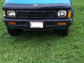 Nissan D21 4x4, Llantas Nuevas