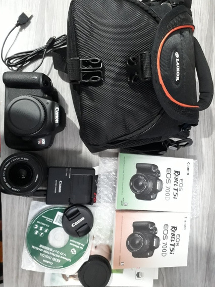 Câmera Canon T5i Seminova + 18-55 Stm + Sd 32 Bolsa