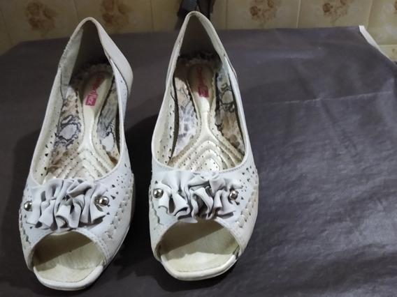 Sapato Comfortflex Com Abertura No Bico
