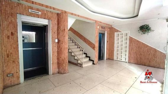 Exclusivo Apartamento En Resd. Sanson Mm 20-18388