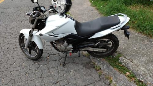 Imagem 1 de 7 de Yamaha 250