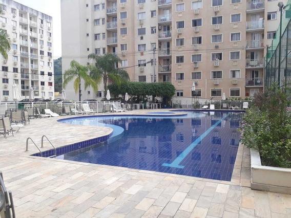Apartamento Com 2 Quartos Em Condomínio Na Taquara,ci1696