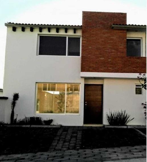 Casa Renta El Mirador Priv 3 Rec Alberca Jardín 3 Baños Lujo