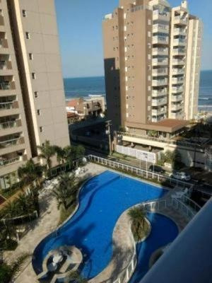 Apartamento No Centro De Itanhaém. Ref. C0561 L C