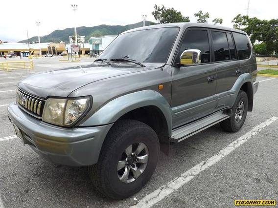 Toyota Prado .