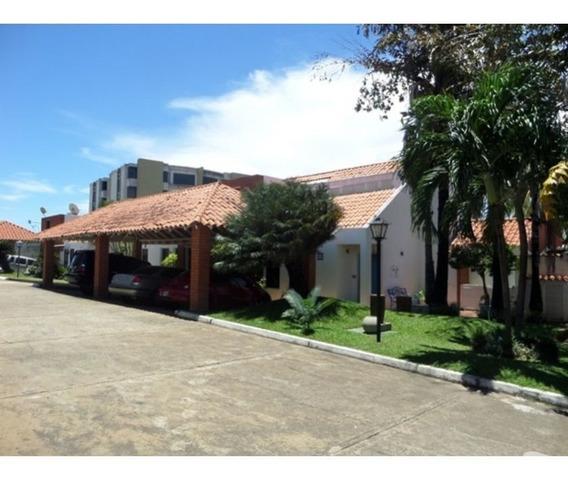 Mn Inmobiliaria Vende Exclusivo Casa En Vista El Campo, Vill