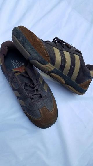 Zapatillas adidas. Nene Talle 25 / 26