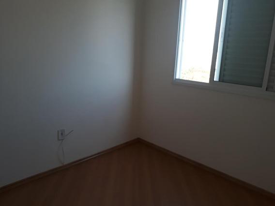670 Apto. Centro - 3 Dorm. 70 M² 2 Vagas De Garagem