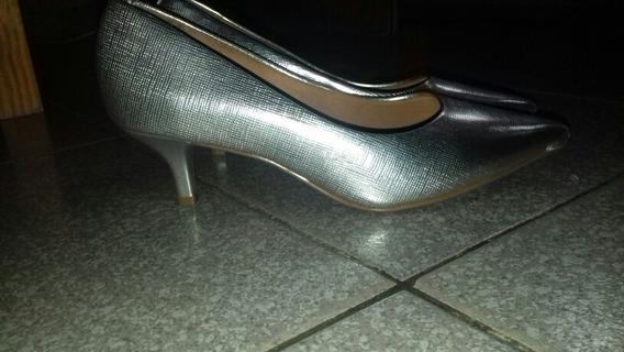 Zapatos Con Un Solo Uso