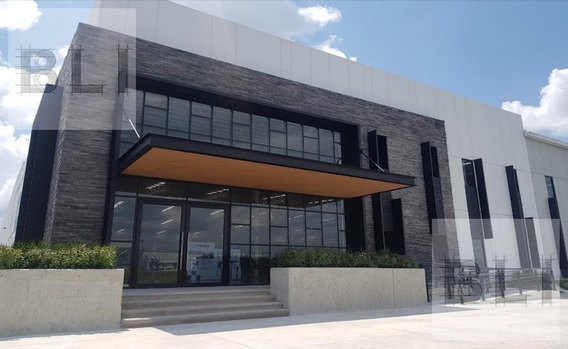 Bodega / Nave Industrial En Renta En Aguascalientes