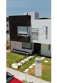 Casa En Venta Las Trojes Corregidora Amplios Espacios Lista Para Habitar $1,975,000.00