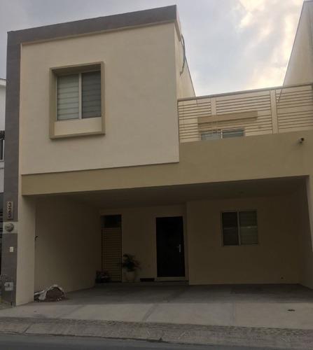 Casa Renta En Las Lomas Privadas