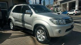 Toyota Hilux Sw4 3.0 Srv At 7 Asientos