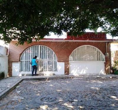 Casa En Venta A 5 Minutos De Plaza Galerías