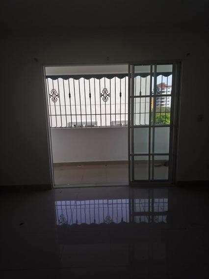 Apartamento En Alquiler En El Ensanche Ozama