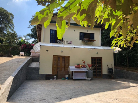Casa 02 Quartos 02 Wc´s, 02 Cozinhas C/ Terreno 20mil M2