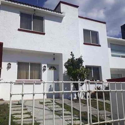 Casa Habitación En Venta, En Corregidora Querétaro