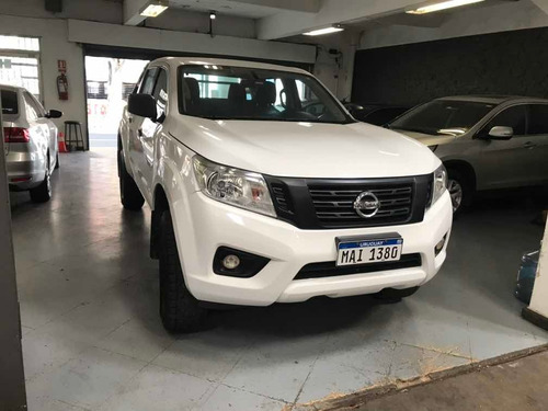 Nissan Np300 Frontier 2.5 Doble Cabina Aa Pack Seg 4x4 2017
