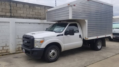Ford F-350 Super Dutty Sincrónico 2013