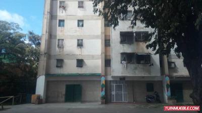 Rah 18-16968 Apartamentos En Venta Caricuao