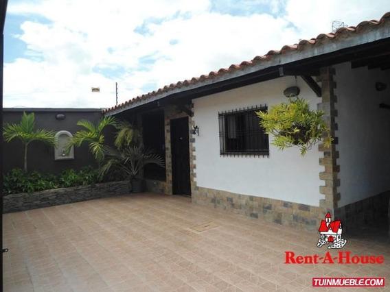 Casa En Venta La Fontana Av. Aragua Ndd 19-10757
