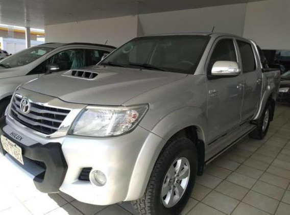 Toyota Hilux 4x4 Ano 2012