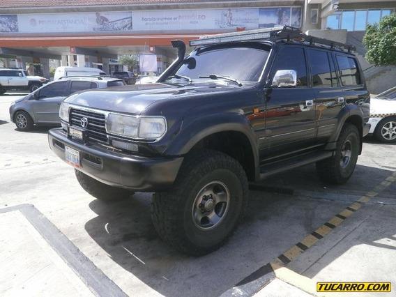 Toyota Burbuja Burbuja